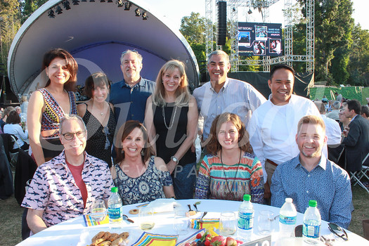 Dana Coates (front row, from left), Gina Coates, Sara Thompson and Damian Kluszynski. Back: Lora Unger, Nella Abelson, Norm Kachuck, Gail Murdock, Michael Abelson and Peter Bueza.