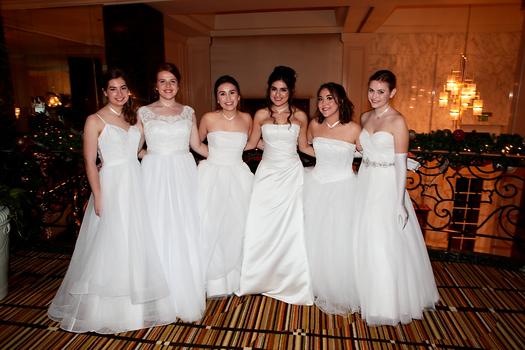 Samantha Covey, Sierra DuNah, Olivia Cameron, Sasha Torres, Kelli Samartin and Charlotte Collins